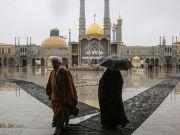 """El estado del Santuario de la Honorable Fátima Al-Ma'asumah (P) durante el nevoso aniversario del natalicio de Imam Alí (P)"""""""